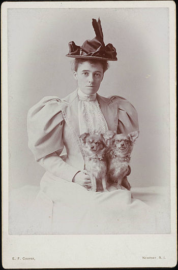 Photograph of writer Edith Wharton