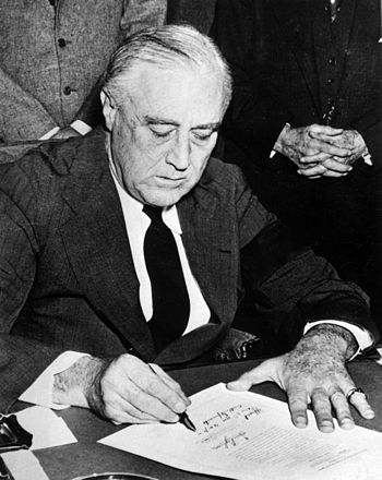 Franklin Roosevelt - 32nd President of United States of America