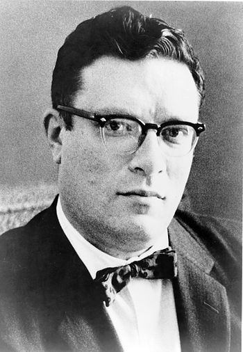 Isaac Asimov Trivia Quiz Questions Answers (SCIENCE FICTION)