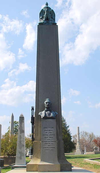 Picture of President John Tyler's grave in the Hollywood Cemetery in Richmond, VA