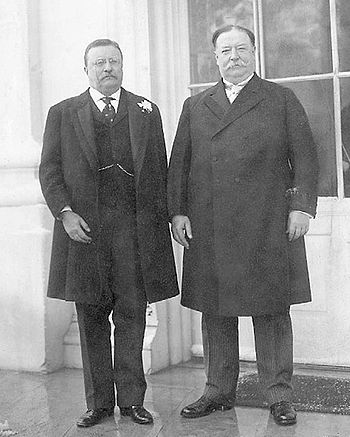 US President Theodore Roosevelt standing with William Howard Taft prior to Taft's inauguration, 1909.
